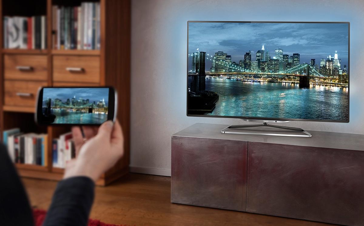 как смотреть фото телефона на телевизоре